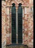 Vidriera restaurada